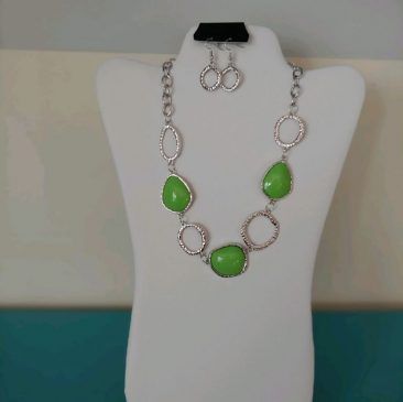 Fiesta Jewelry Booktique silver lime stone necklace women