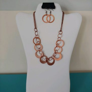 Fiesta Jewelry Booktique bronze links necklace women