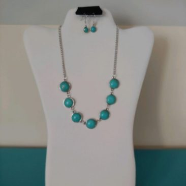 Fiesta Jewelry Booktique silver teal beads necklace women
